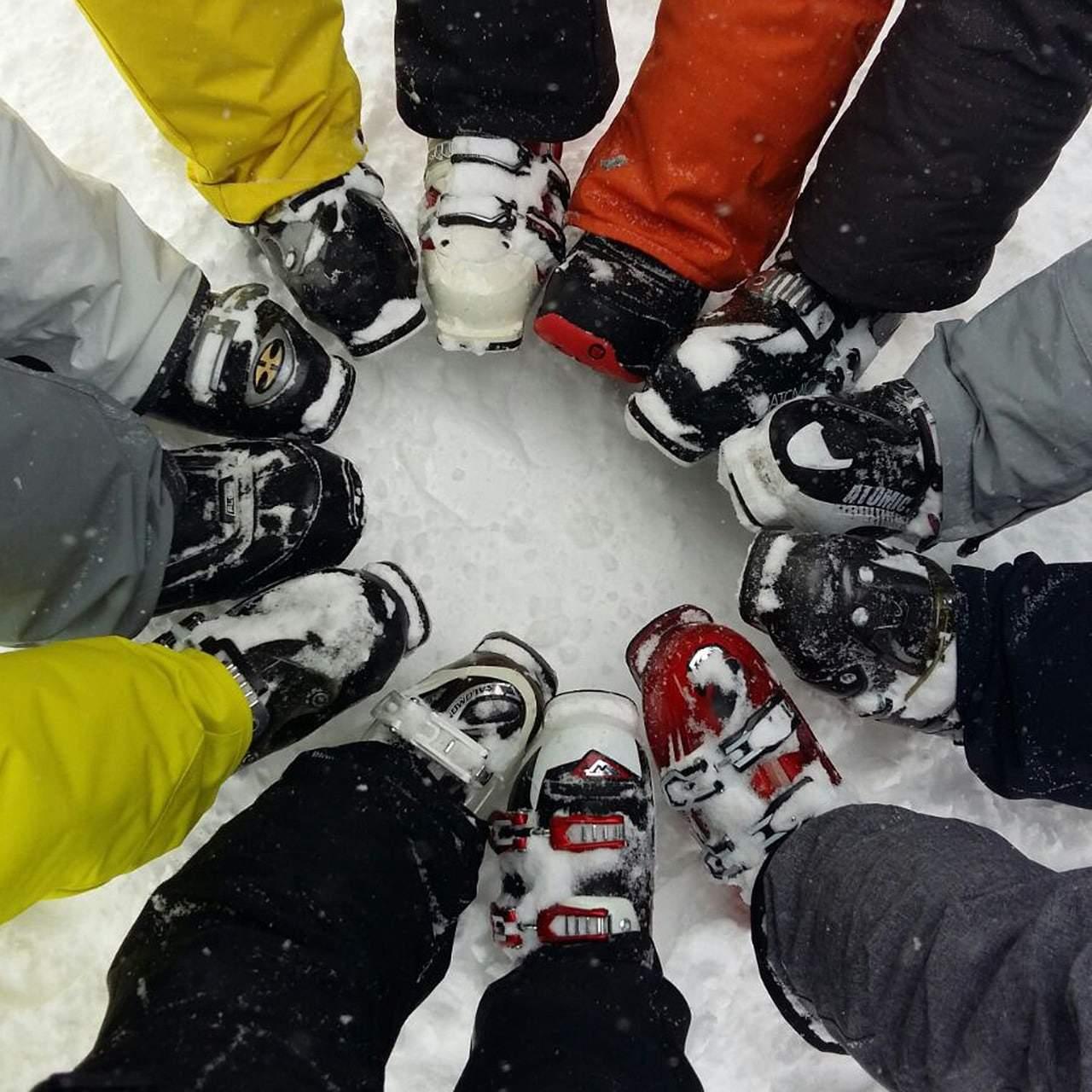 ski 2123339 1280
