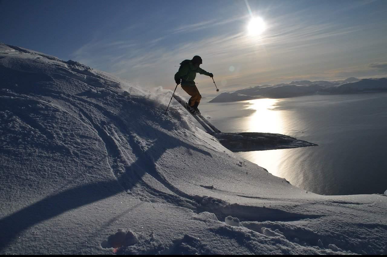 ski 2341562 1280