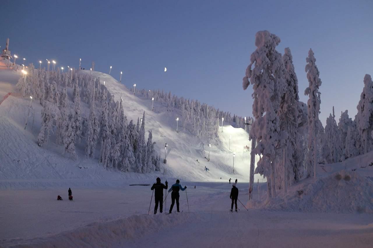 ski resort 583806 1280