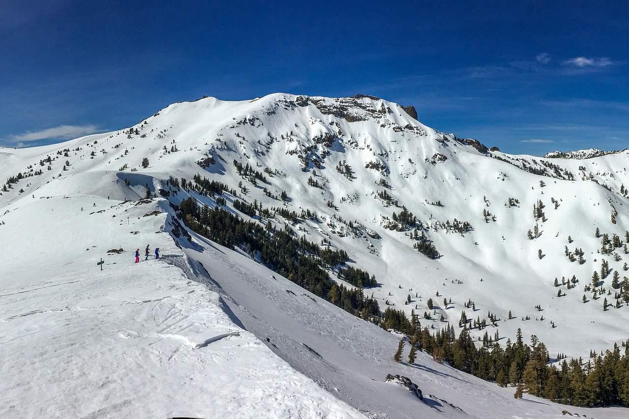 skiing 2294700 1280
